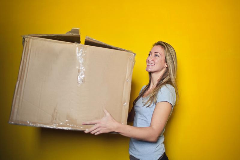 引っ越しのスケジュールが遅れた…そんな時、電気の手続きはどうすればいいの?