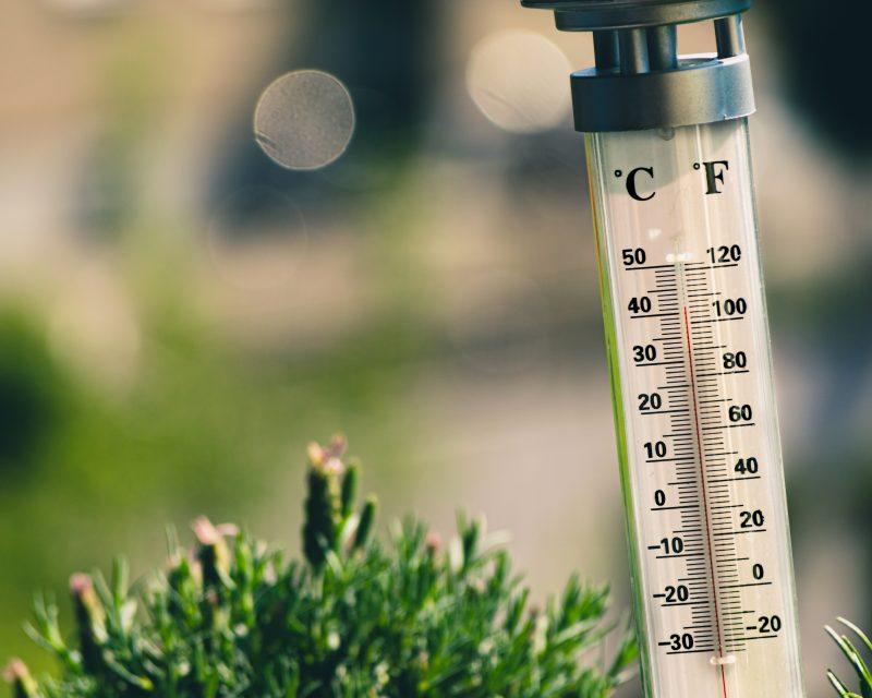 【気温もぐんぐん上昇!】夏の電気代、安く抑える3つのコツ
