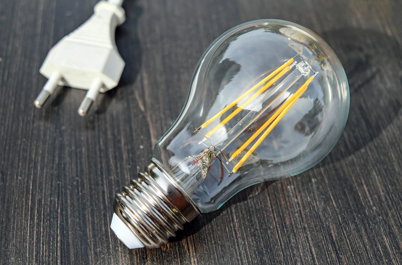 【九州電力の電気引越手続き】お客様専用ダイヤルから手続き方法までご紹介