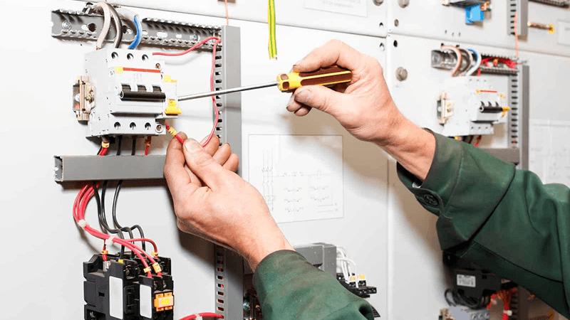 引越しで電圧を切り替える流れは?注意点に関しても解説します